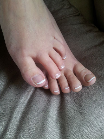 pied vernis french permanent